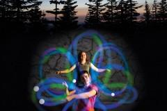 Fun In Motion Spinballs Poi 发光LED绳球玩具