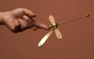 意外设计EY-PRODUCTS蜻蜓平衡扩香器